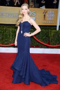 elle-sag-awards-red-carpet-fashion-amanda-seyfried-xln-lgn